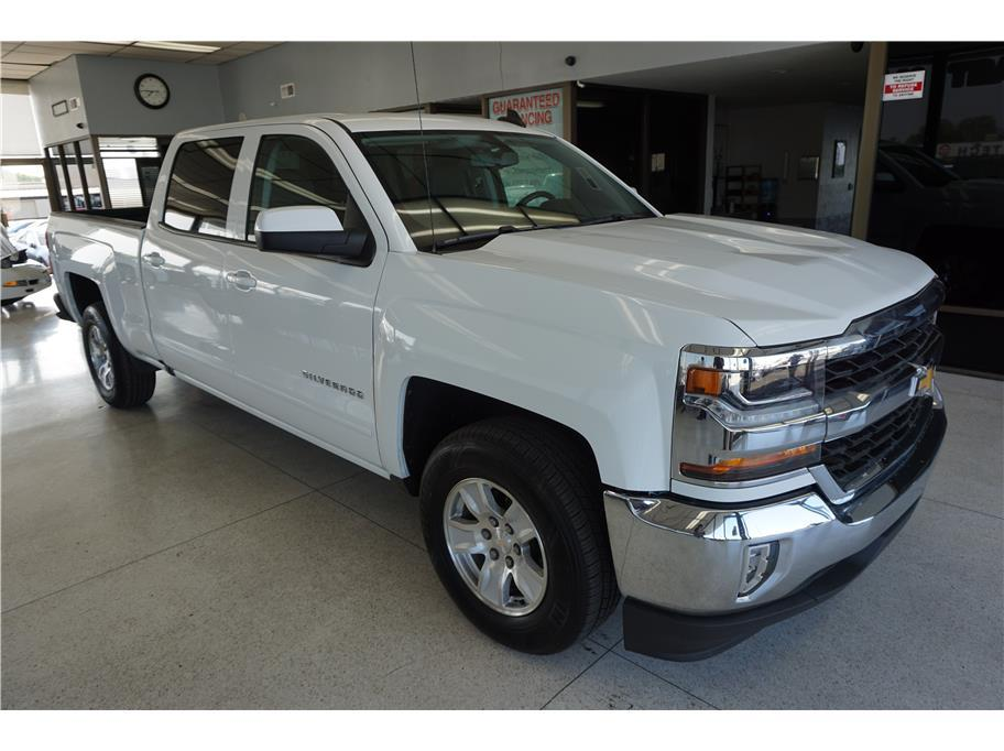 Used 2017 Chevrolet Silverado 1500 Crew Cab LT Pickup 4D 5 3/4 ft in Sacramento, CA