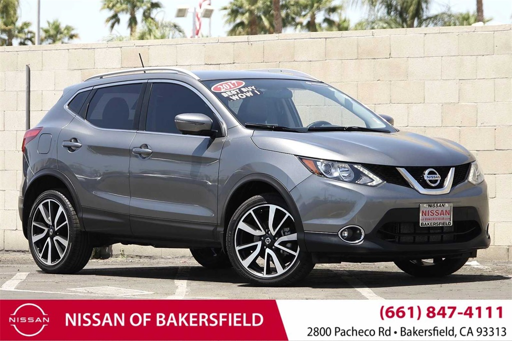 Used 2017 Nissan Rogue Sport SL in Bakersfield, CA