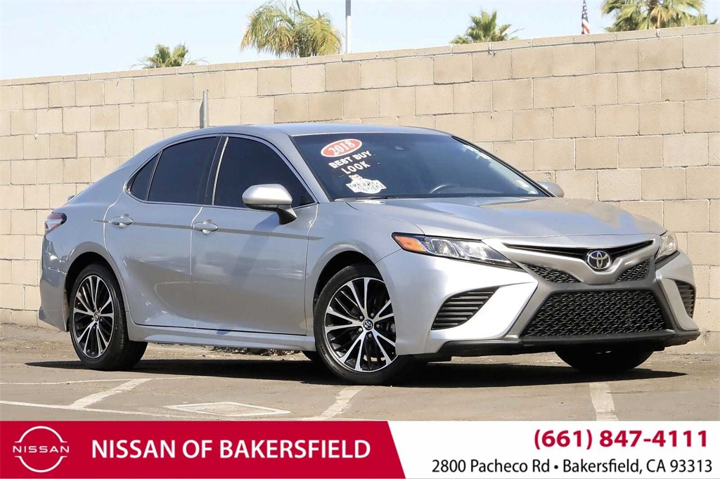 Used 2018 Toyota Camry SE in Bakersfield, CA