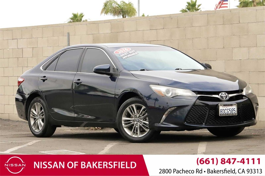 Used 2016 Toyota Camry SE in Bakersfield, CA