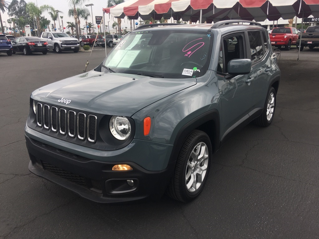 Used 2017 Jeep Renegade Latitude in Bakersfield, CA
