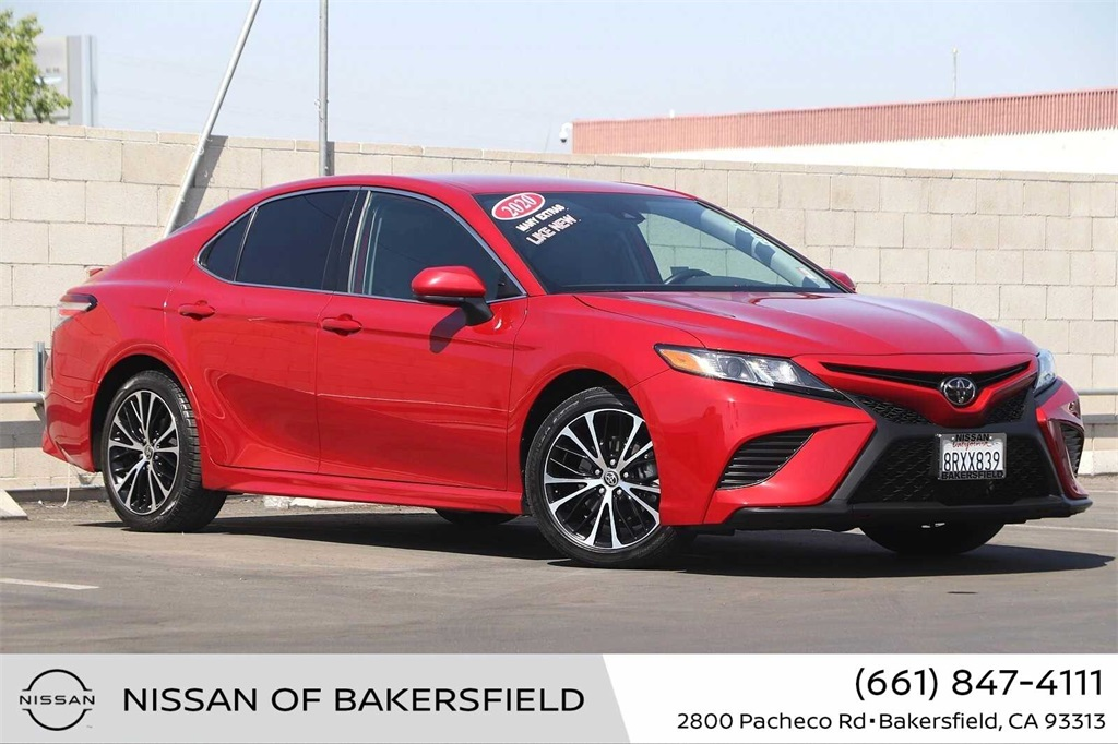 Used 2020 Toyota Camry SE in Bakersfield, CA