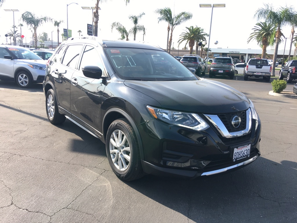 Used 2018 Nissan Rogue SV in Bakersfield, CA