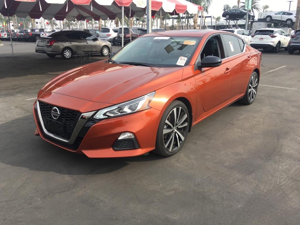 Used 2021 Nissan Altima 2.5 SR in Bakersfield, CA