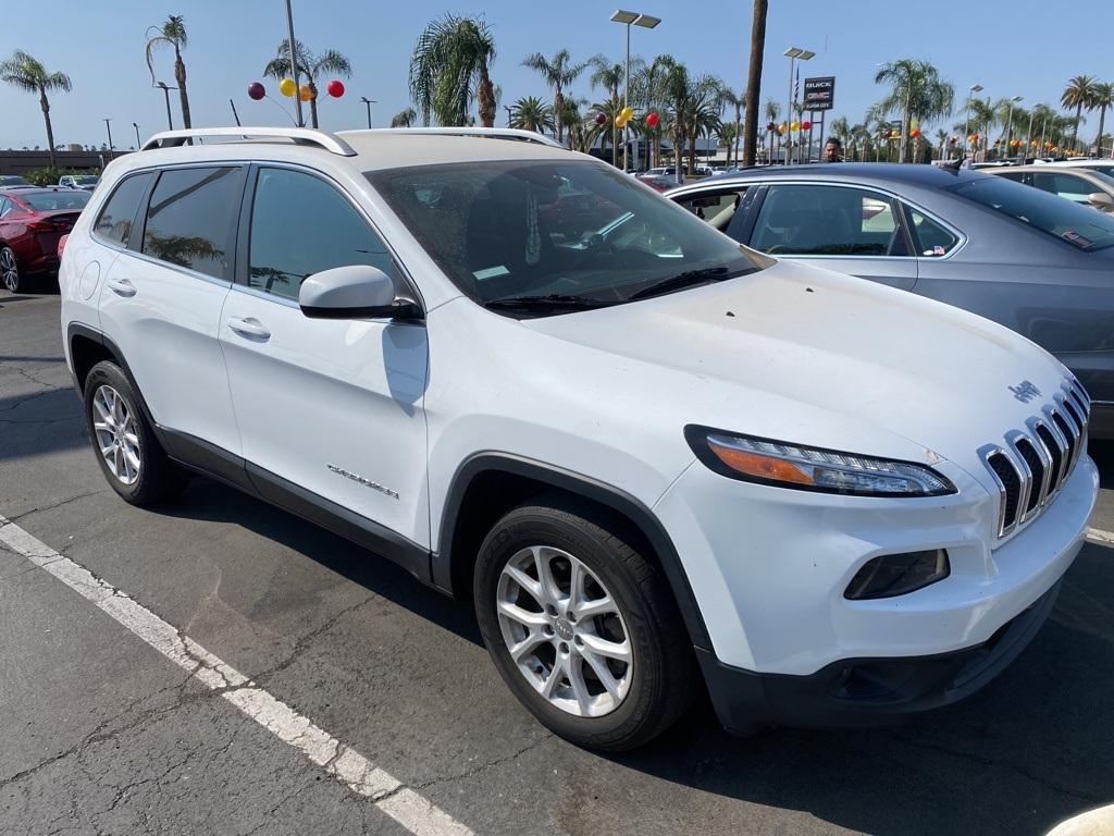 Used 2018 Jeep Cherokee Latitude in Bakersfield, CA