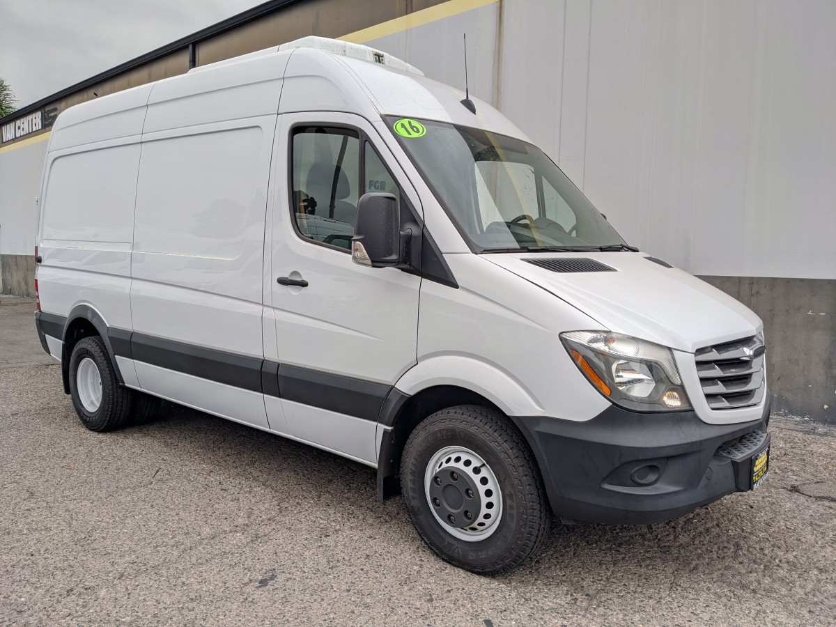 Used 2016 Freightliner Sprinter 3500 High Roof Refrigeration Reefer Cargo Van DIESEL in Fountain Valley, CA