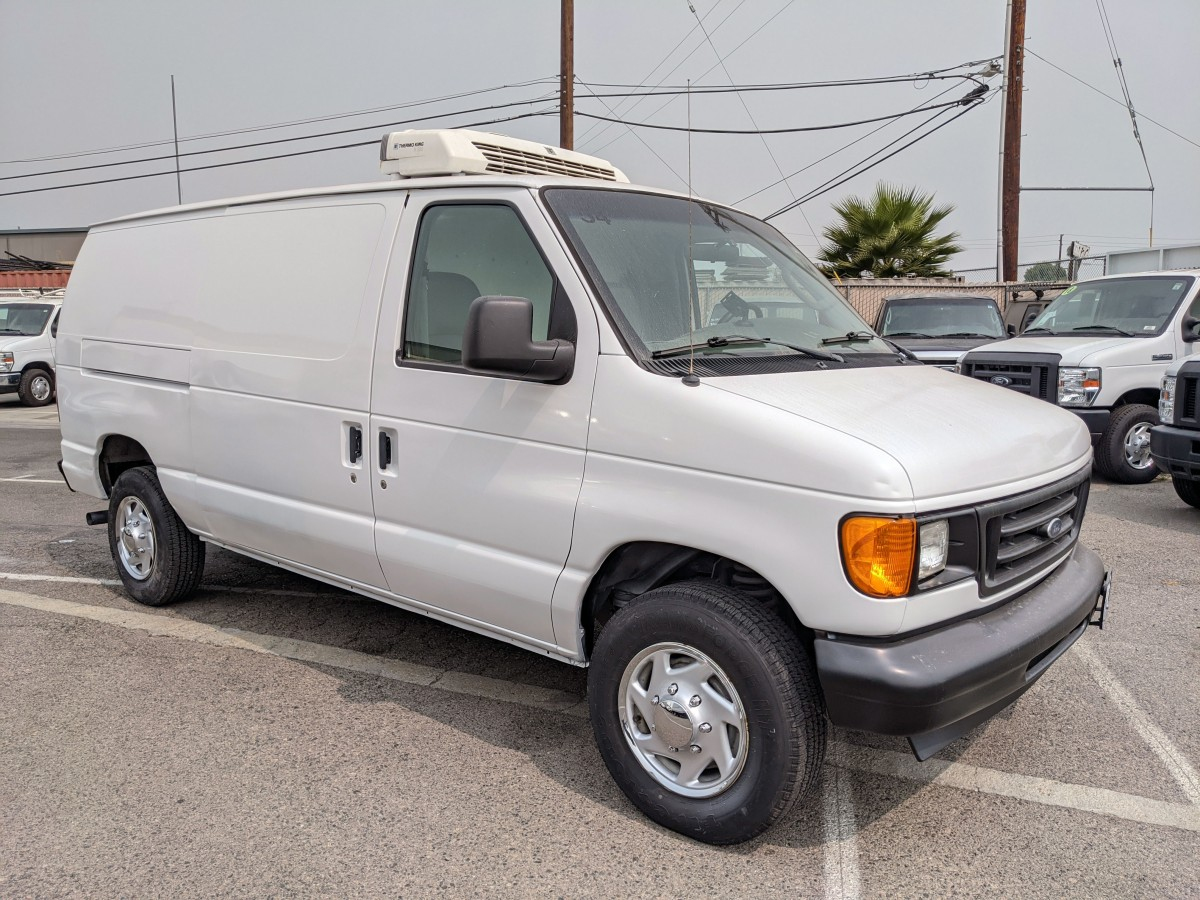 Used 2005 Ford E-250 Refrigeration Reefer Cargo Van in Fountain Valley, CA