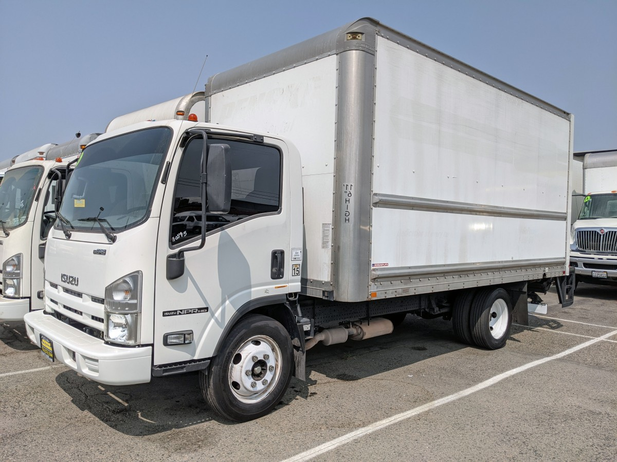 Used 2015 Isuzu NPR HD 16FT Box Truck with Liftgate in Fountain Valley, CA