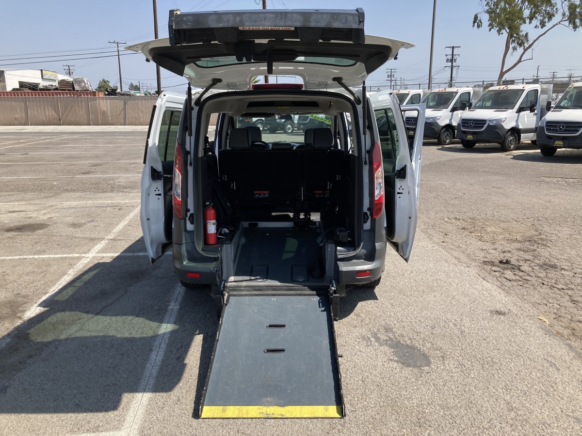 Used 2017 Ford Transit Connect Long Wheelchair Access Handicap Mini Van in Fountain Valley, CA