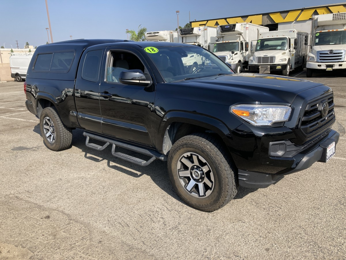 Used 2018 Toyota Tacoma SR5 Pickup Truck in Fountain Valley, CA