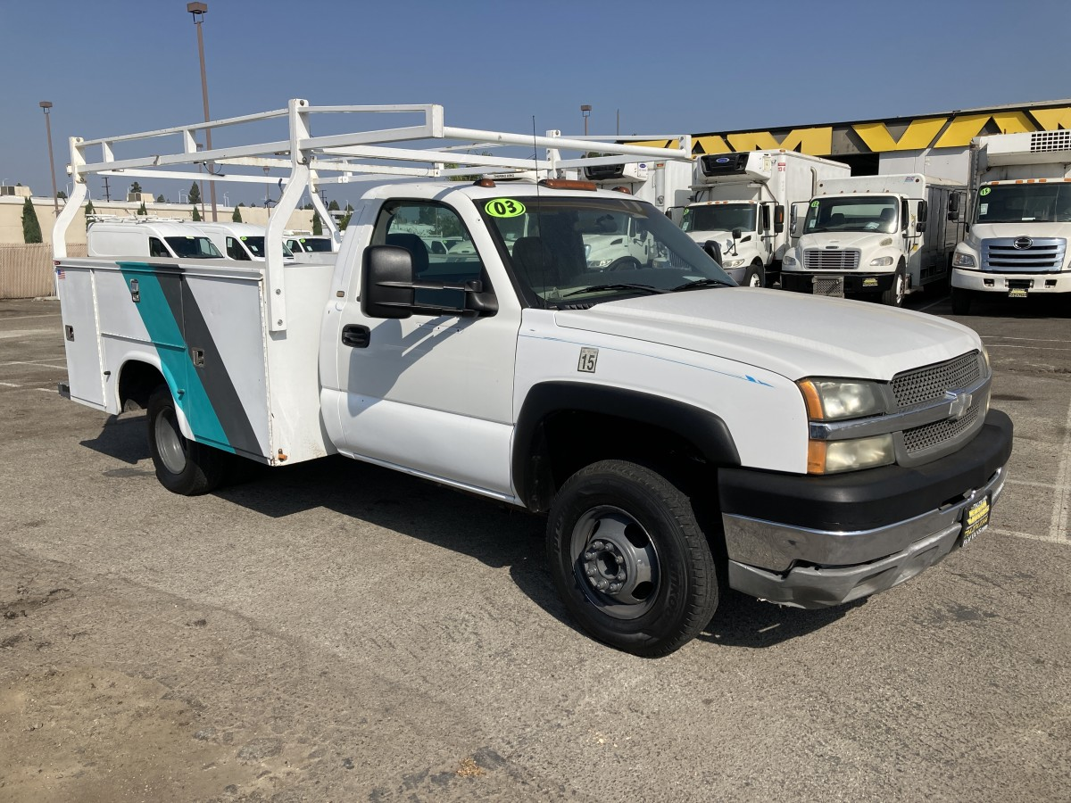 Used 2003 Chevrolet Silverado 3500 Utility Truck in Fountain Valley, CA