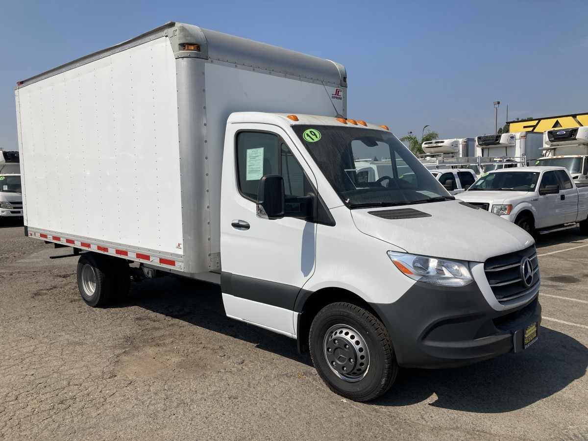 Used 2019 Mercedes-Benz  Sprinter 3500 14FT Box Truck DIESEL in Fountain Valley, CA