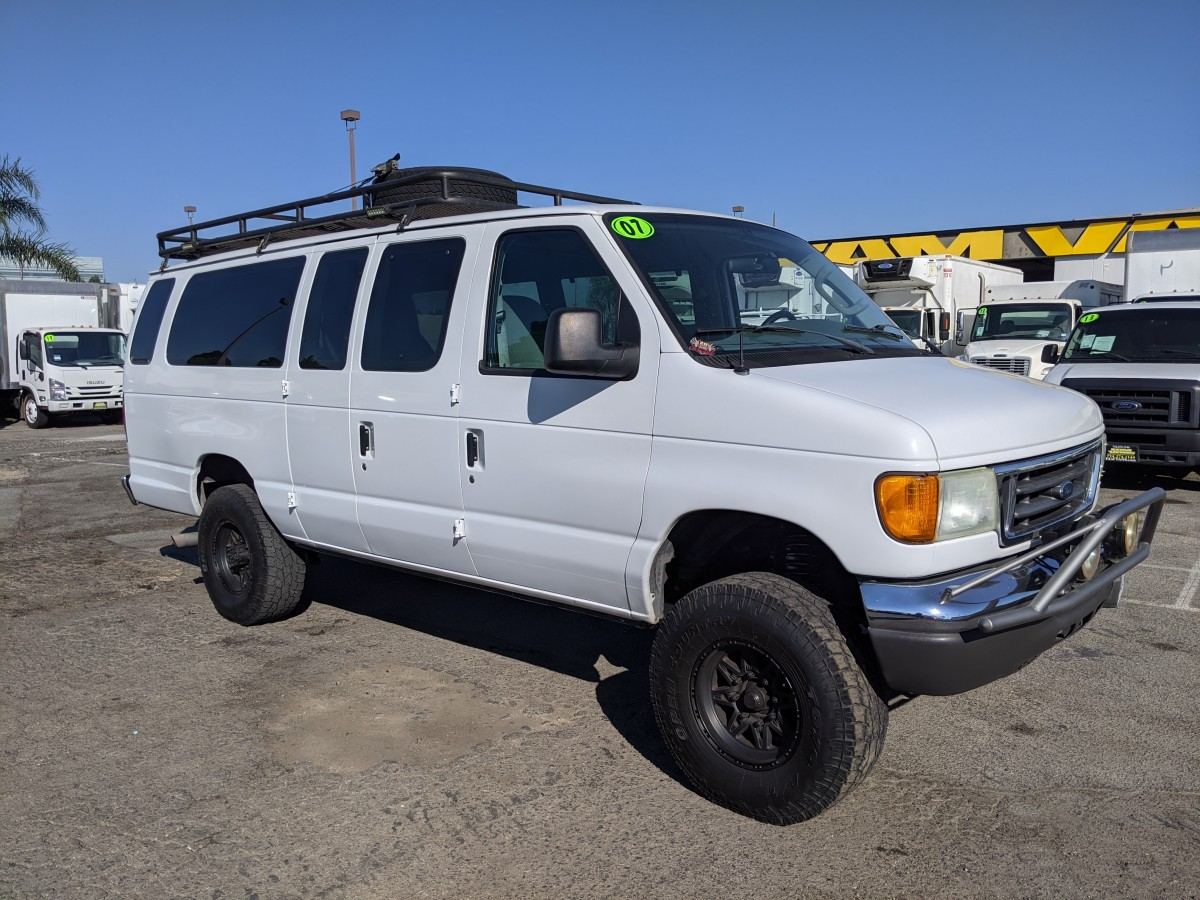 Used 2007 Ford E-350 Lifted Extended Cargo Van XLT LOADED in Fountain Valley, CA