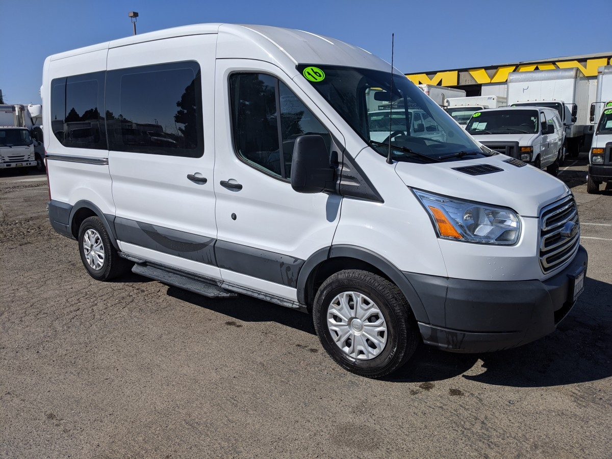 Used 2016 Ford Transit-150 Mid Roof 10 Passenger Van in Fountain Valley, CA