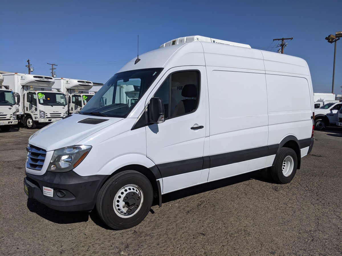 Used 2016 Freightliner Sprinter 3500 Refrigeration High Roof Cargo Reefer Van Dually DIESEL in Fountain Valley, CA
