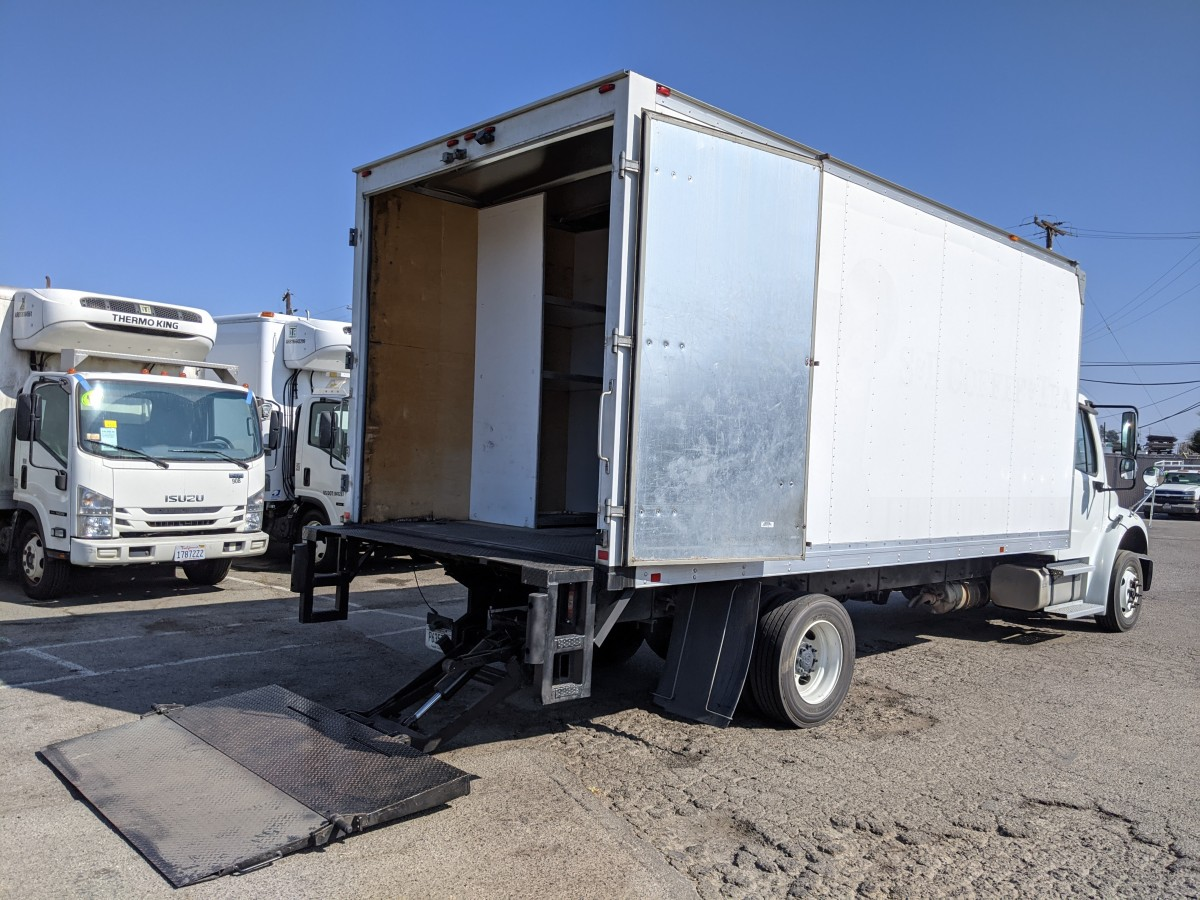 Used 2018 Freightliner M2 106 18FT Box Truck with Liftgate DIESEL in Fountain Valley, CA