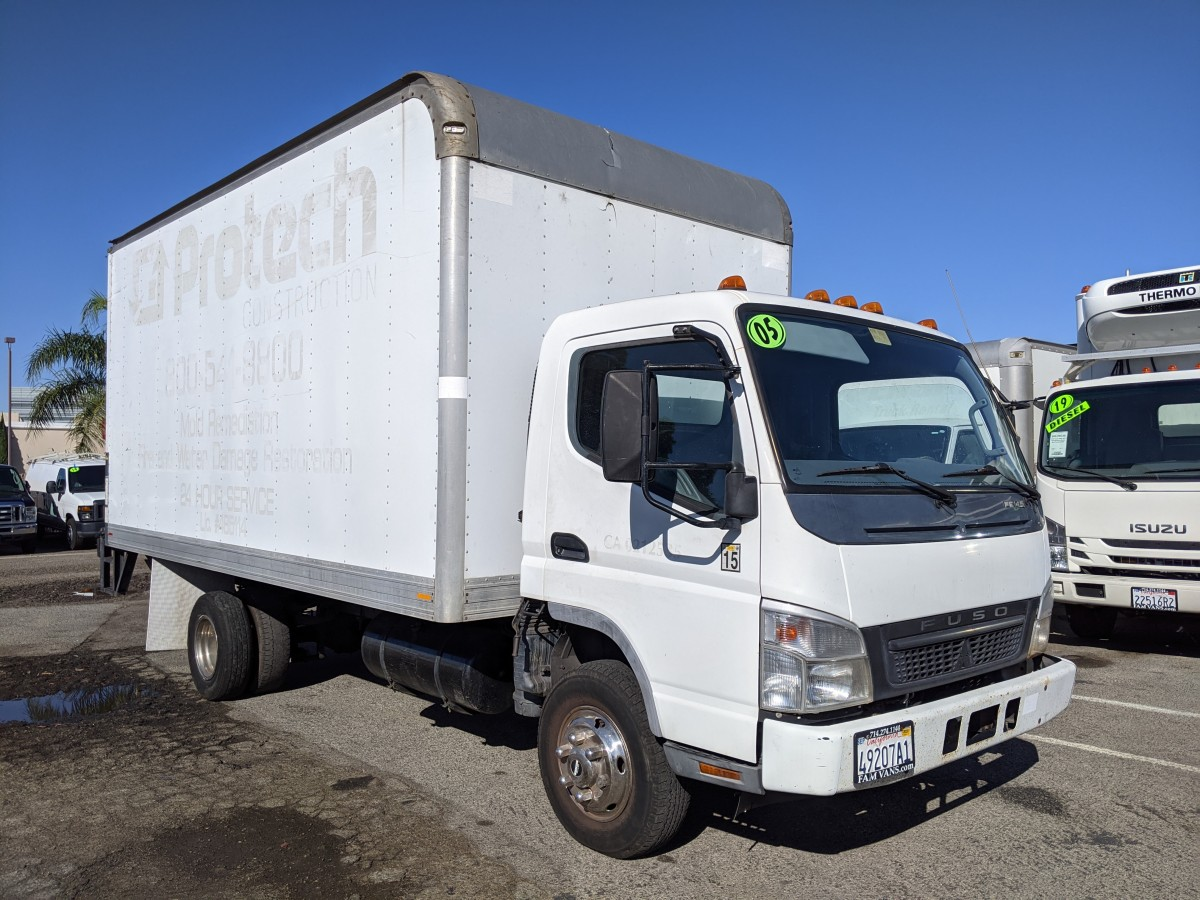 Used 2005 Mitsubishi Fuso FE145 16FT Box Truck DIESEL in Fountain Valley, CA