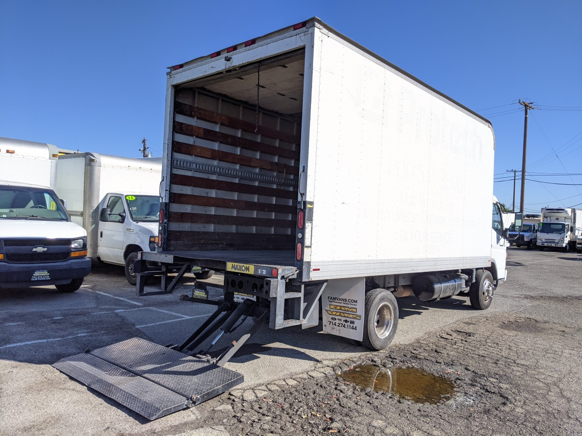 Used 2005 Mitsubishi Fuso FE145 16FT Box Truck with Liftgate DIESEL in Fountain Valley, CA