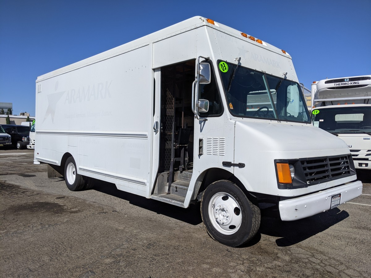 Used 2004 Workhorse P42 Step Van in Fountain Valley, CA