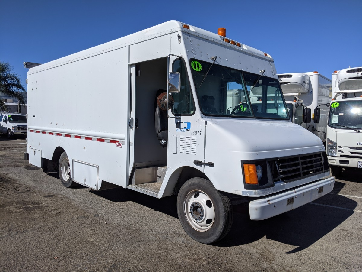 Used 2004 WORKHORSE P500 Step Van in Fountain Valley, CA