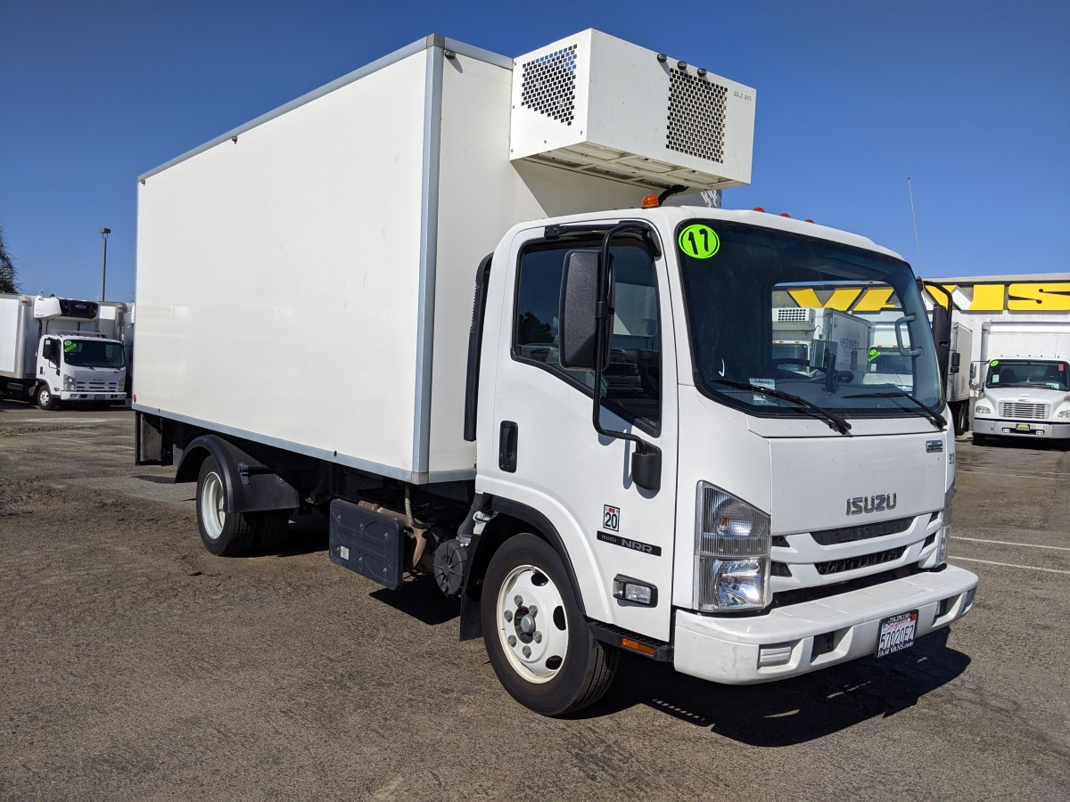 Used 2017 Isuzu NRR 16FT Refrigeration Reefer Box Truck DIESEL in Fountain Valley, CA