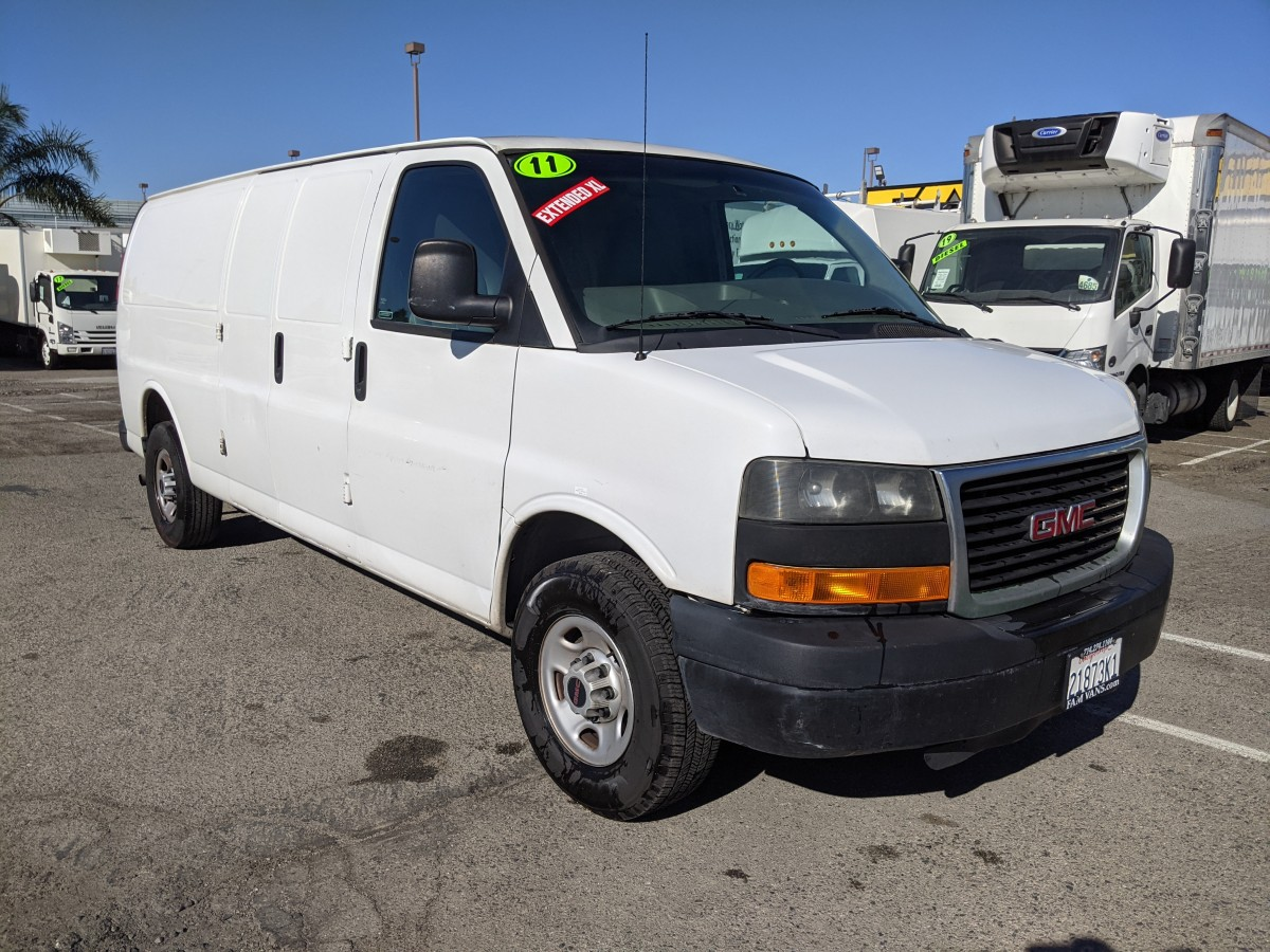 Used 2011 GMC Savana 2500 Extended Cargo Van in Fountain Valley, CA