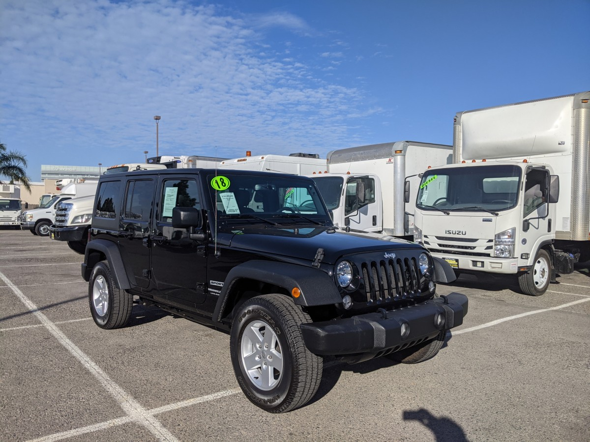 Used 2018 Jeep Wrangler  Unlimited Sport 4WD in Fountain Valley, CA