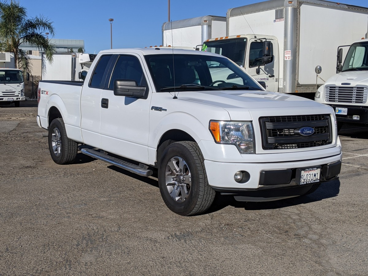 Used 2013 Ford F-150 STX Extended Supercab Pickup Truck in Fountain Valley, CA