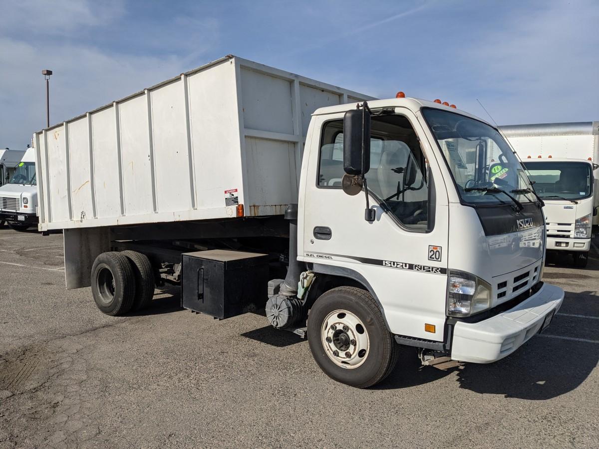 Used 2006 Isuzu NPR 13FT Dump Truck DIESEL in Fountain Valley, CA