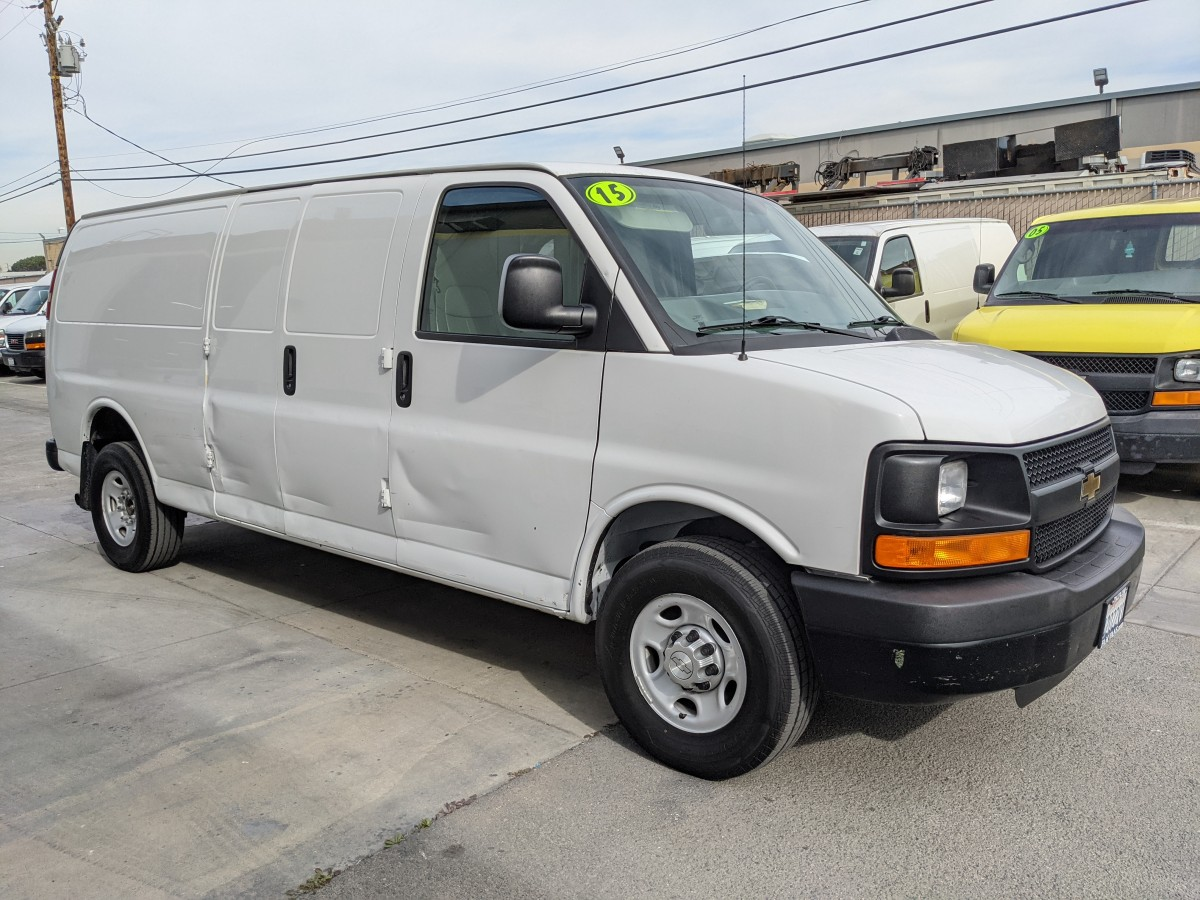 Used 2015 Chevrolet Express 2500 Extended Cargo Van DING AND DENT in Fountain Valley, CA