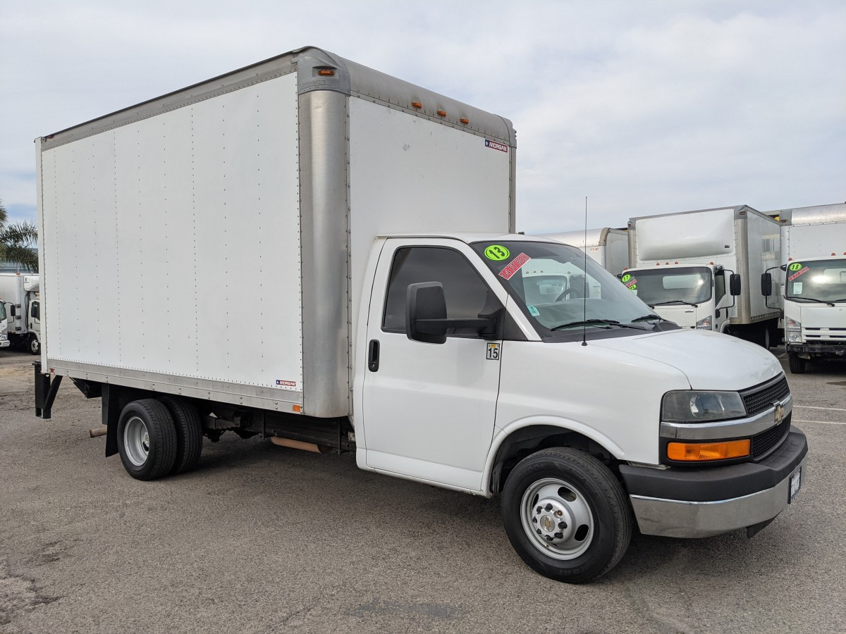 Used 2013 Chevrolet Express 3500 14FT Box Truck with Liftgate in Fountain Valley, CA