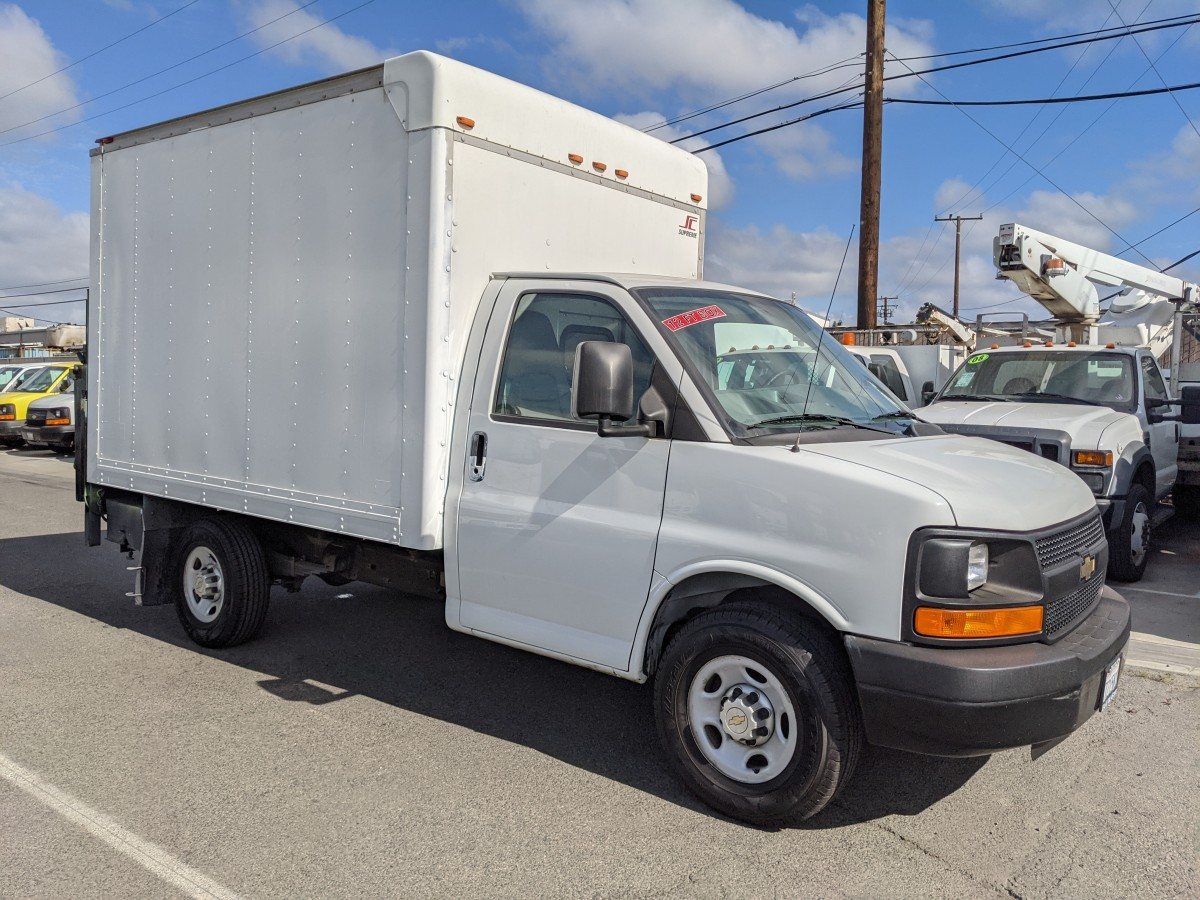 Used 2014 Chevrolet Express 3500 12FT Box Truck with Liftgate in Fountain Valley, CA