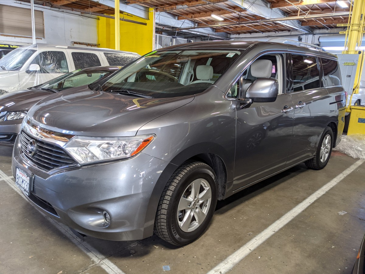 Used 2016 Nissan Quest S Platinum Minivan in Fountain Valley, CA