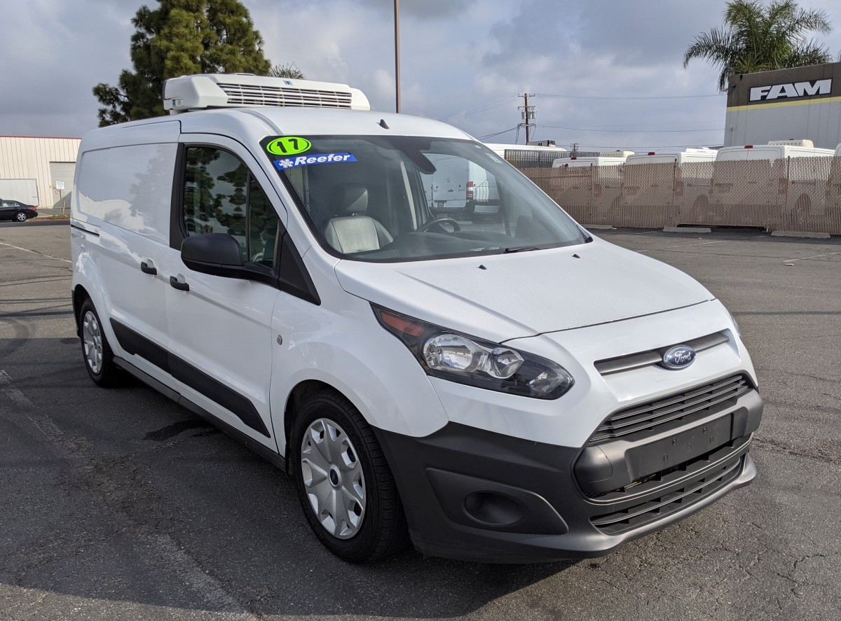 Used 2017 Ford Transit Connect Refrigeration Reefer Cargo Mini Van in Fountain Valley, CA