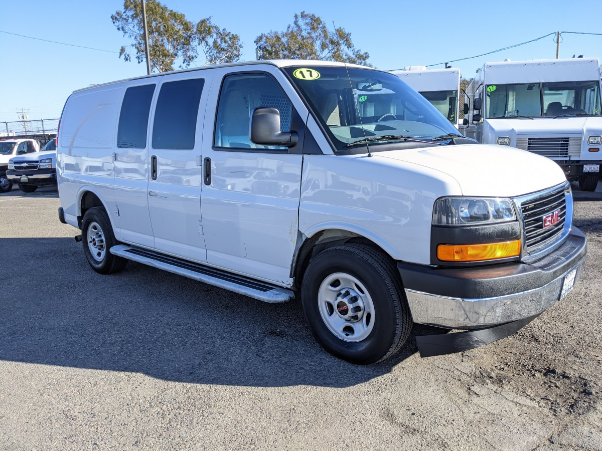 Used 2017 GMC Savana 2500 Cargo Van with Bulkhead in Fountain Valley, CA