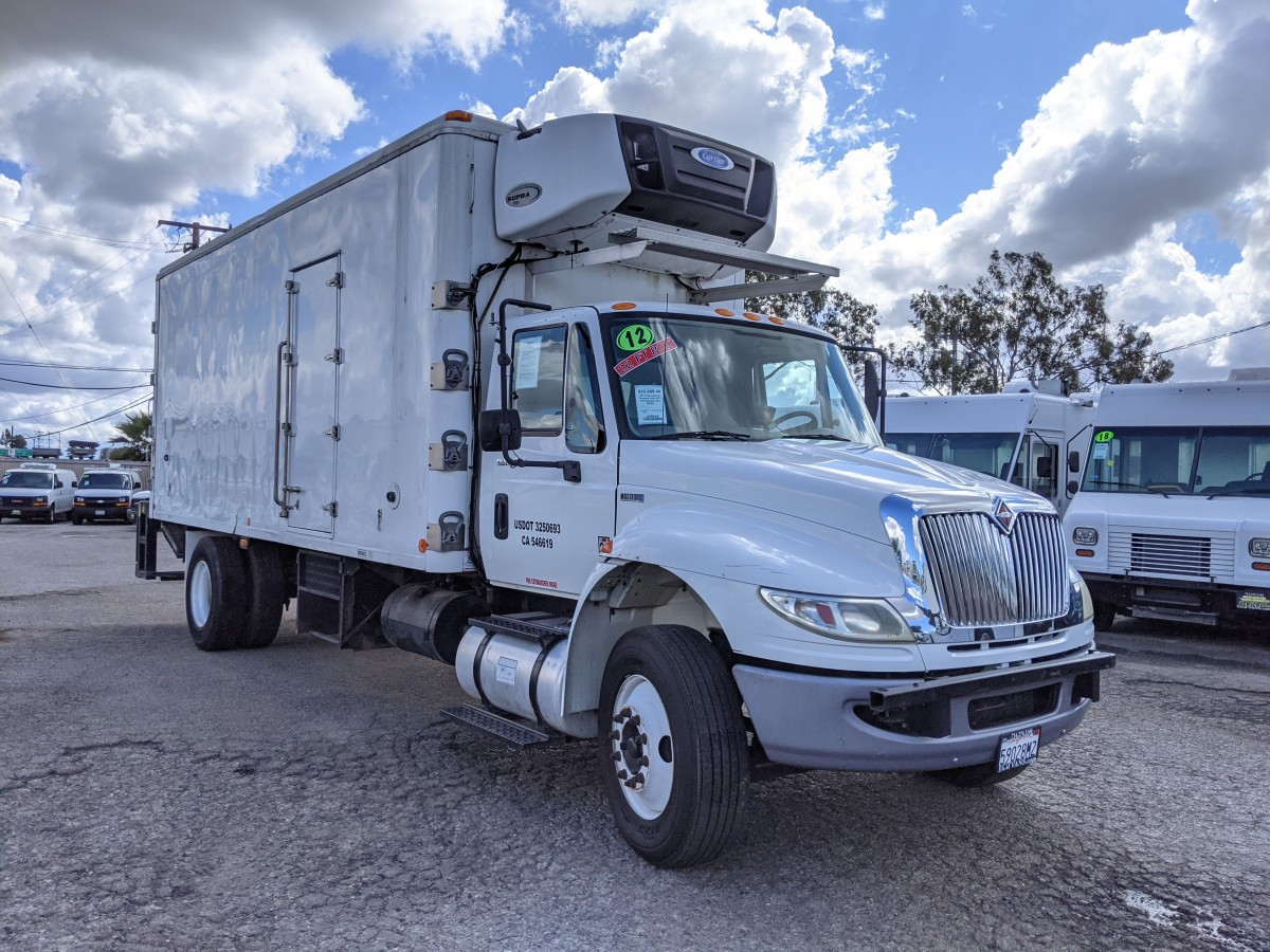Used 2012 International Durastar 4300 22FT Refrigeration Reefer Box Truck with Liftgate DIESEL in Fountain Valley, CA