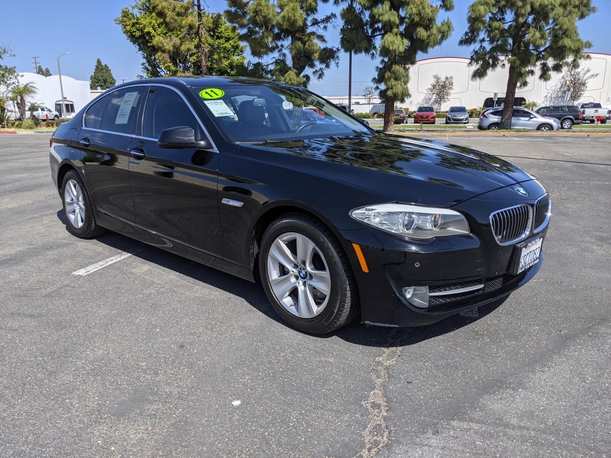 Used 2011 BMW 528i Sedan in Fountain Valley, CA