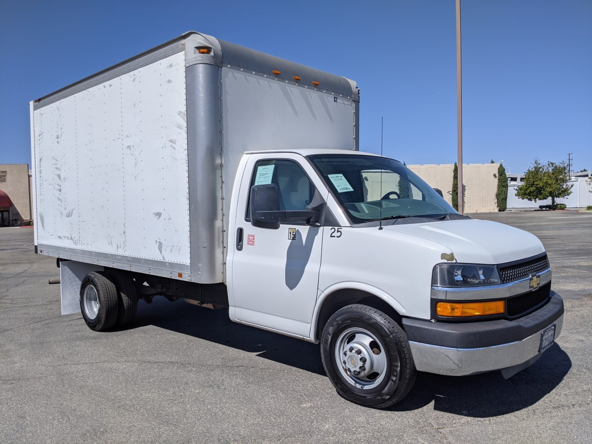 Used 2011 Chevrolet Express 3500 14FT Box Truck in Fountain Valley, CA
