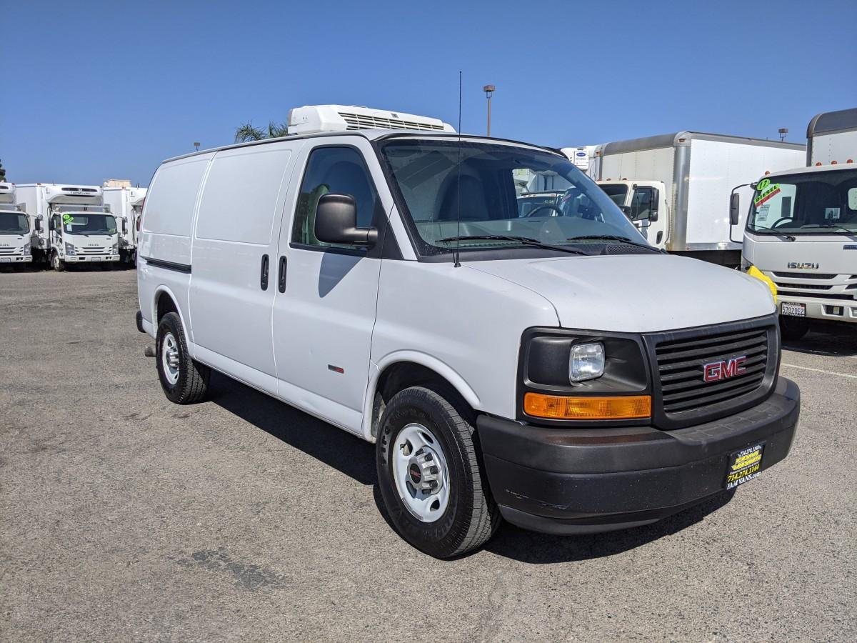 Used 2014 GMC Savana 3500 Refrigeration Reefer Cargo Van DIESEL in Fountain Valley, CA