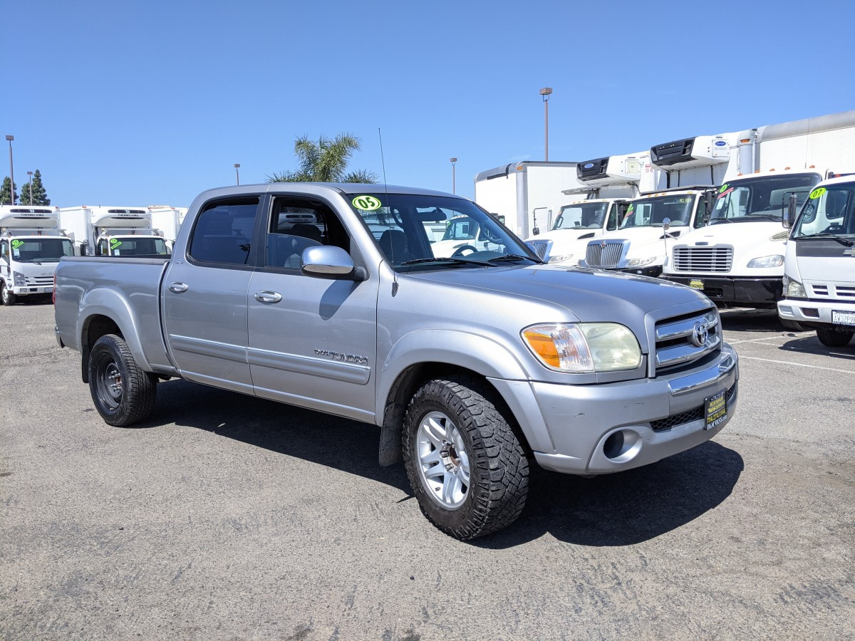 Used 2006 Toyota Tundra SR5 Crew Cab Pickup Truck in Fountain Valley, CA