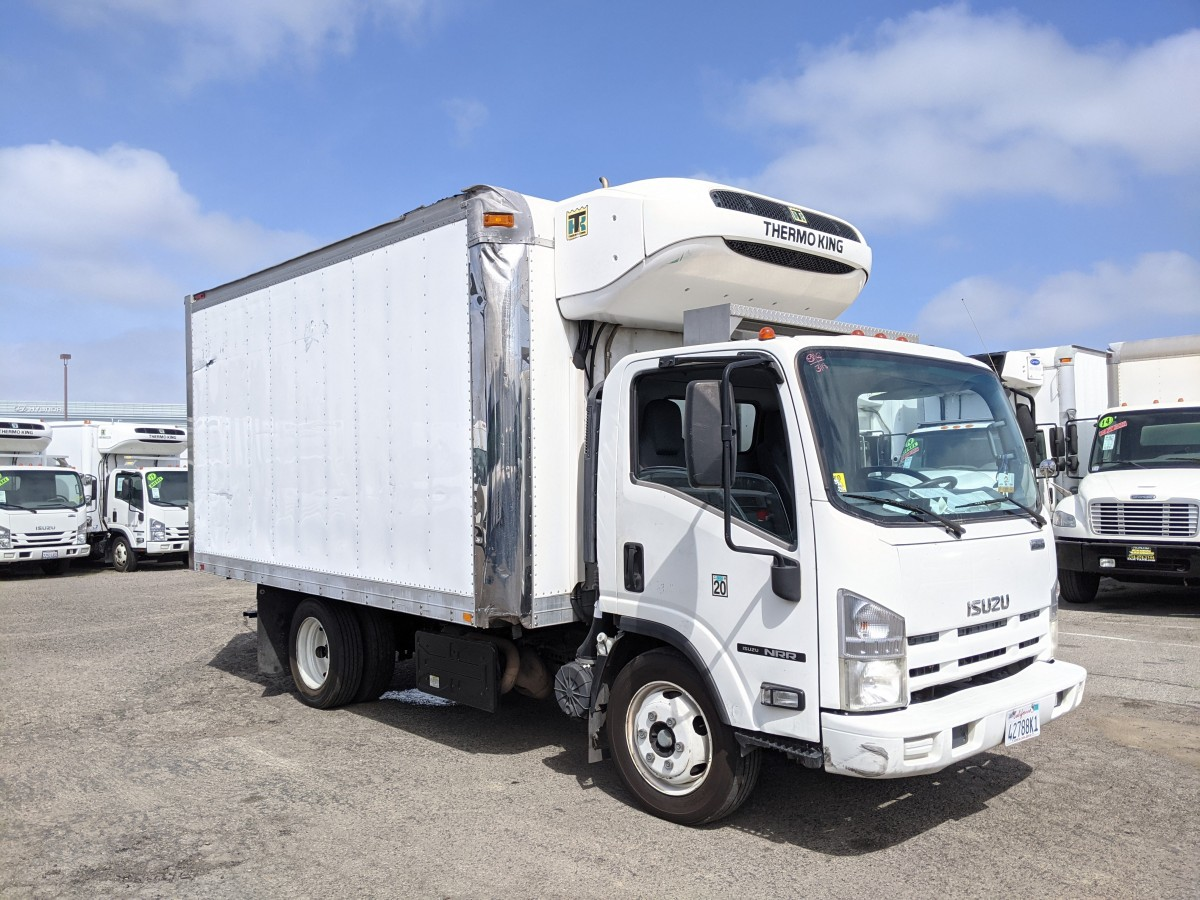 Used 2014 Isuzu NRR 14FT Refrigeration Reefer Box Truck DIESEL DING AND DENT in Fountain Valley, CA