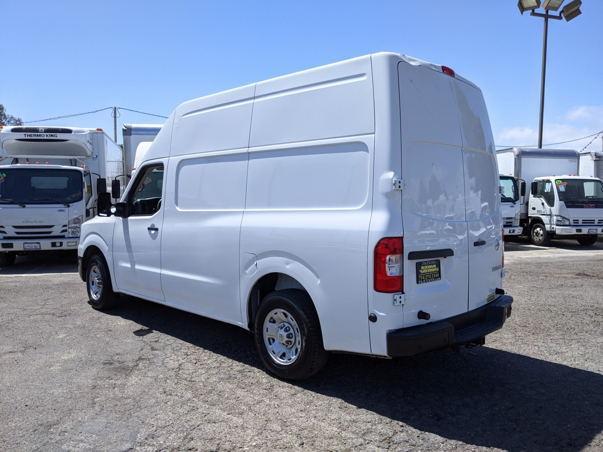 Used 2018 Nissan NV2500 High Roof Cargo Van with Bulkhead in Fountain Valley, CA
