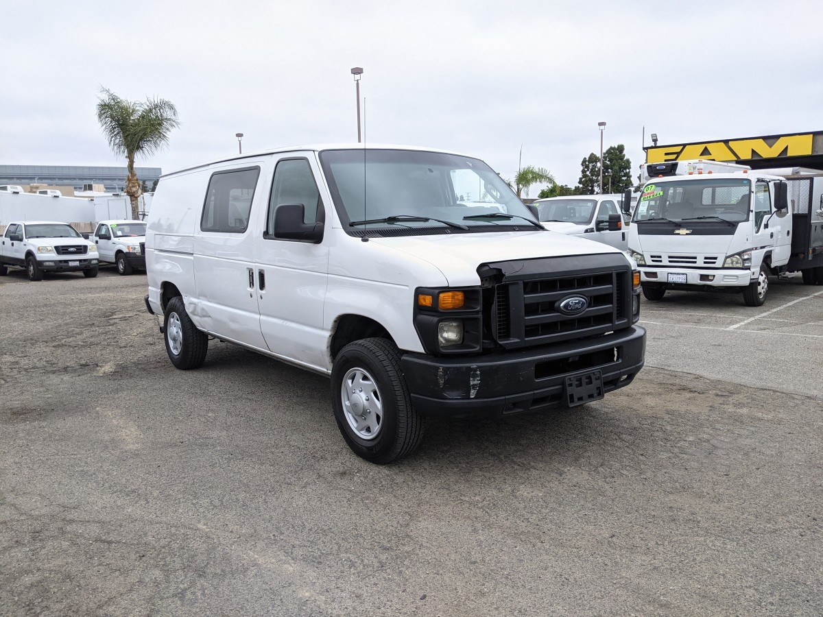 Used 2011 Ford E-250 SD Cargo Van DING AND DENT in Fountain Valley, CA