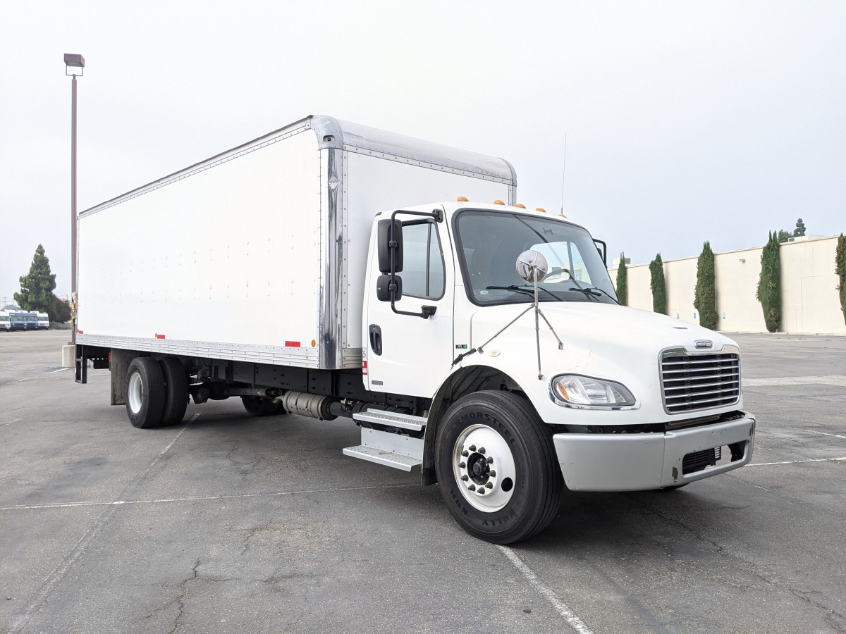Used 2014 Freightliner M2 106 26FT Box Truck with Liftgate DIESEL in Fountain Valley, CA