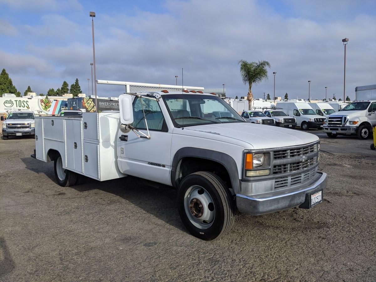 Used 2002 Chevrolet Silverado 3500 Utility Truck DIESEL in Fountain Valley, CA