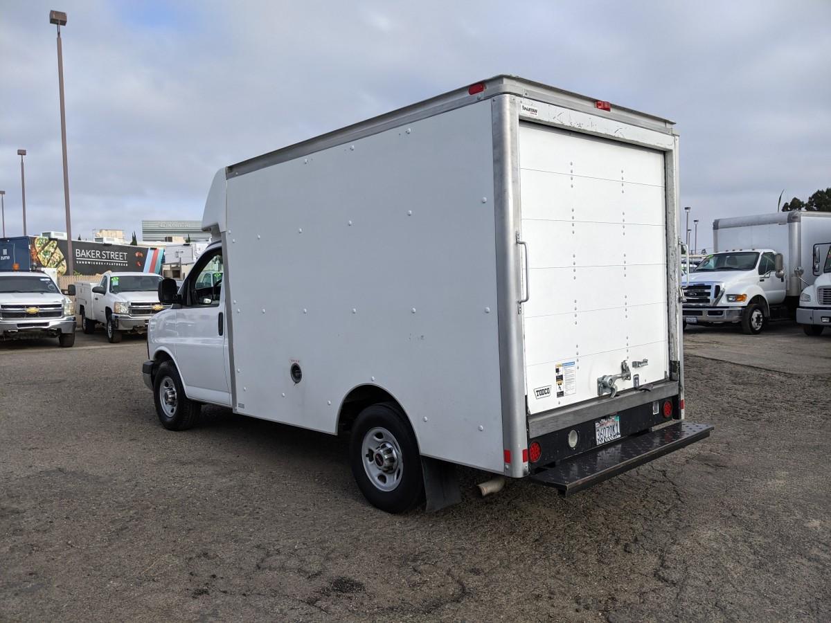 Used 2013 GMC Savana 3500 10FT Box Truck in Fountain Valley, CA