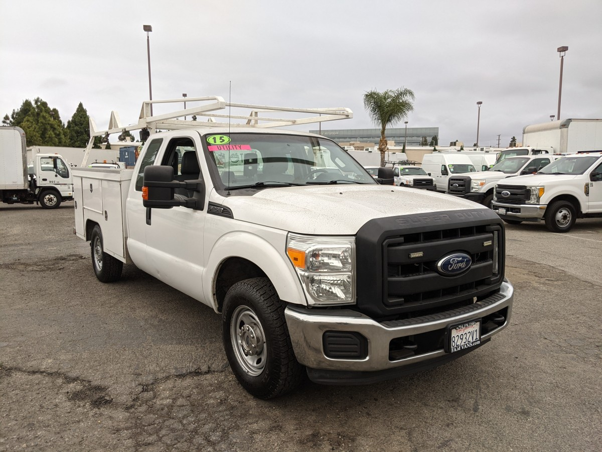 Used 2015 Ford F-250 SD Crew Cab Utility Truck in Fountain Valley, CA