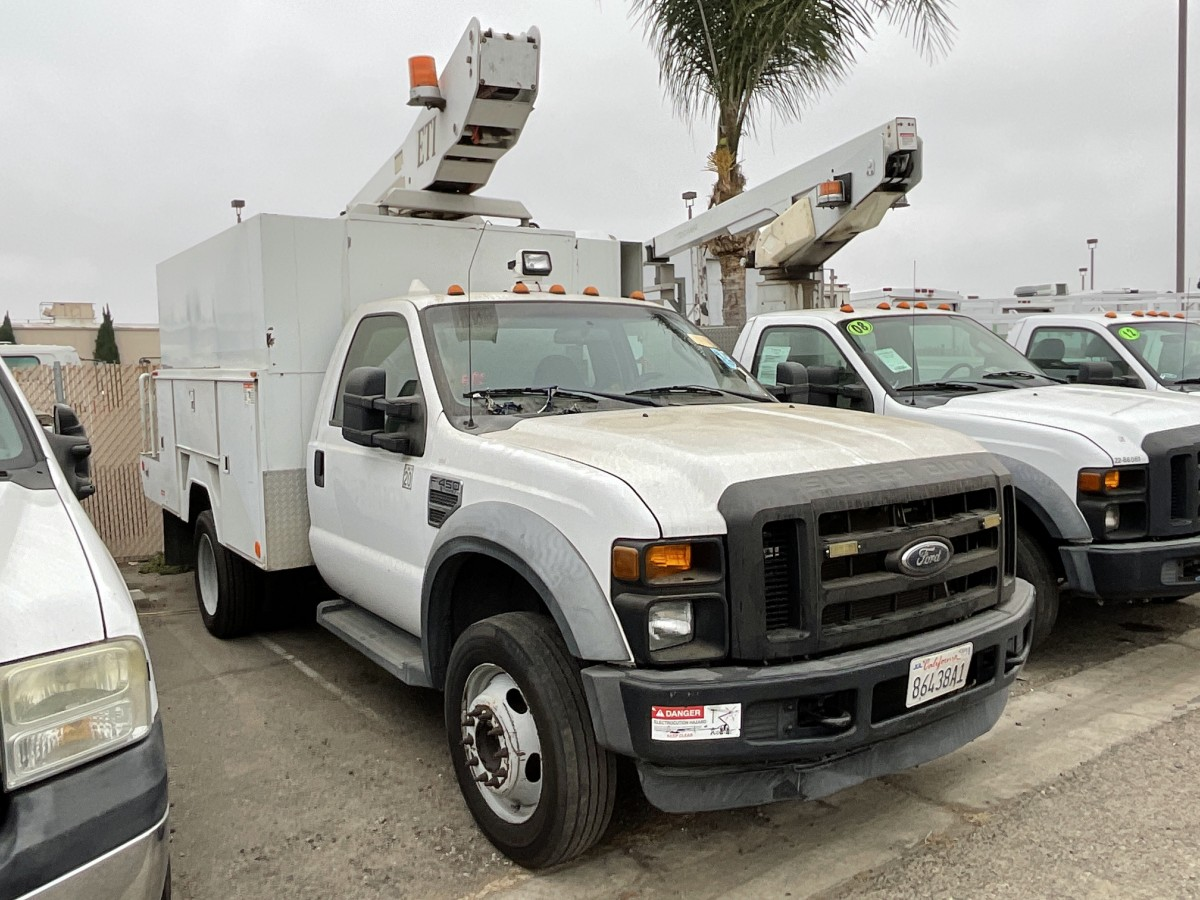 Used 2008 Ford F-450 SD Boom Truck in Fountain Valley, CA
