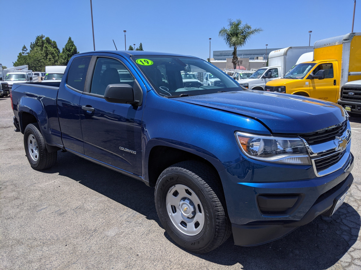 Used 2019 Chevrolet Colorado Crew Cab Pickup Truck in Fountain Valley, CA