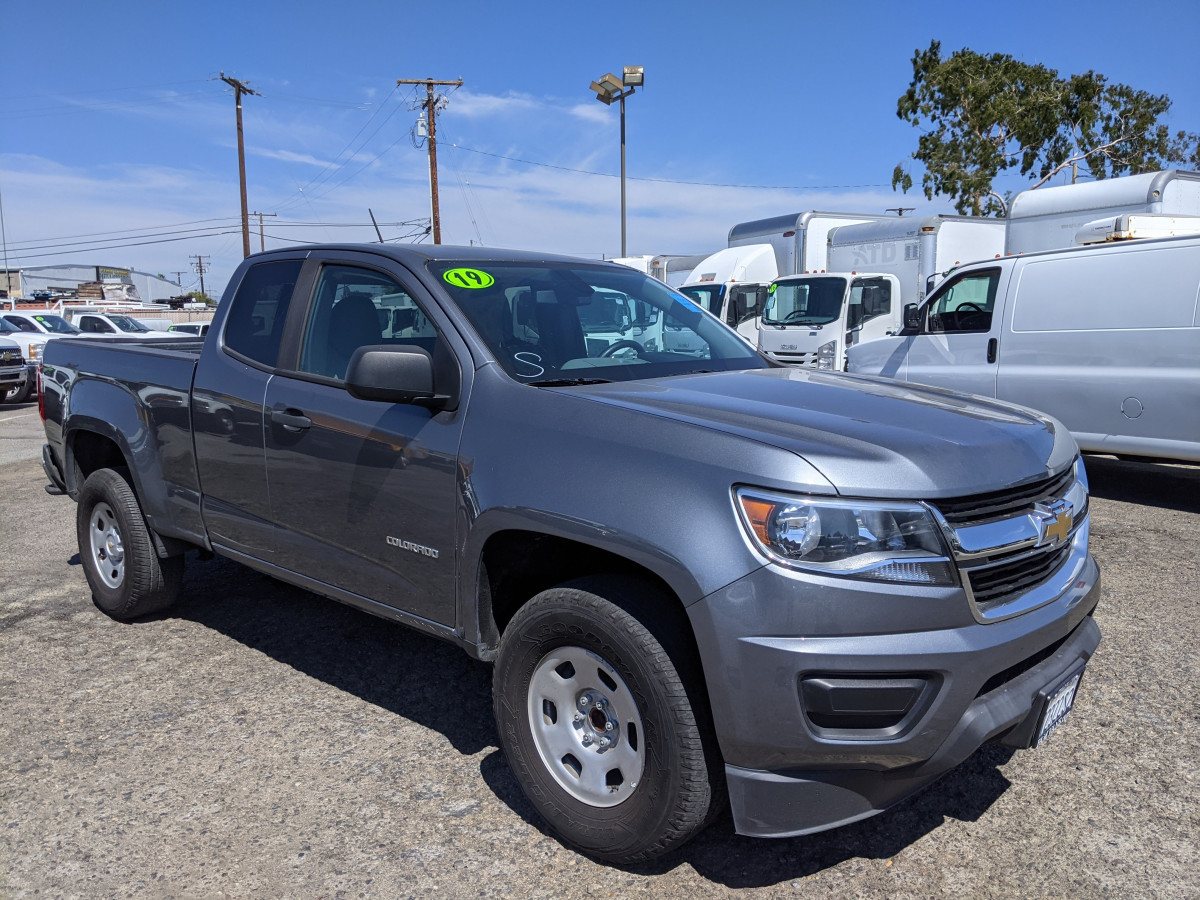 Used 2019 Chevrolet Colorado Extended Cab 6FT Pickup Truck in Fountain Valley, CA